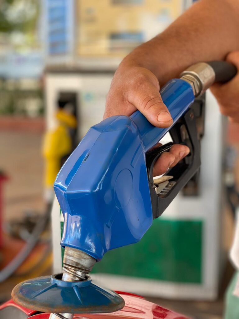 OPioneiro fez nesta quarta-feira (08), levantamento junto aos seis postos da cidade, para registrar o preço dos combustíveis em Canarana.
