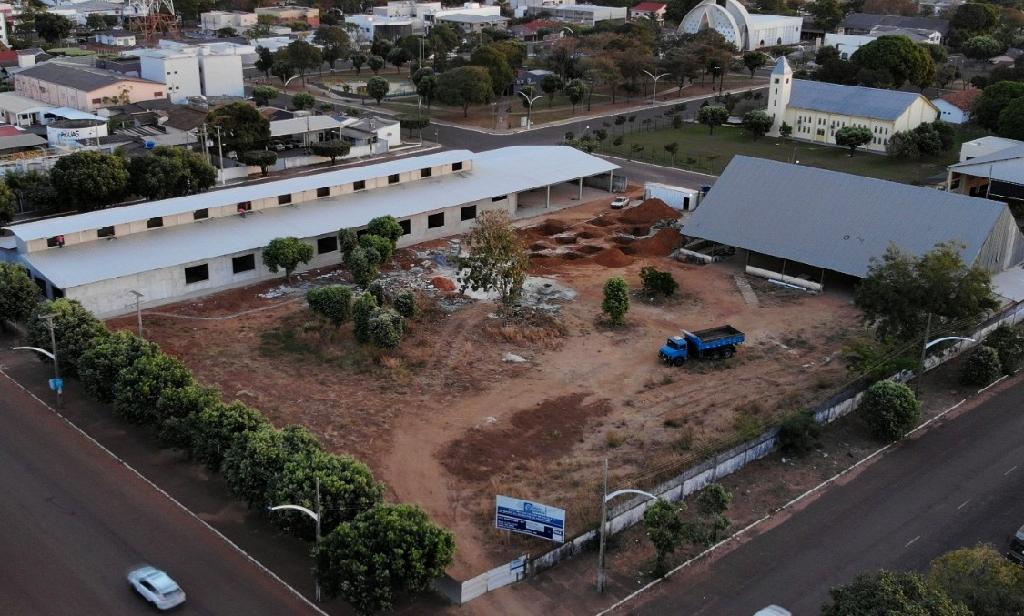 O Governo de Mato Grosso gerou um total de 791 empregos nas centenas de obras em escolas que estão sendo tocadas pela Seduc.